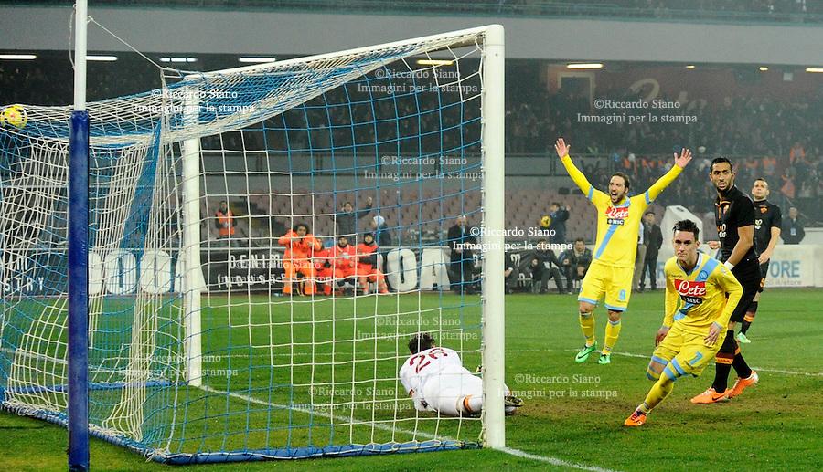- NAPOLI 12 FEB  -  Stadio San Paolo Coppa Italia   Napoli - Roma<br />  NELLA FOTO: gol di callejon<br />  © Riccardo Siano