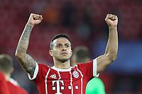 celebration  Thiago Alcantara #6 (FC Bayern Muenchen), FC Sevilla vs. FC Bayern Muenchen, Football,   Champions League, 03.04.2018 *** Local Caption *** © pixathlon<br /> Contact: +49-40-22 63 02 60 , info@pixathlon.de