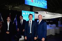 Annonce d'une entente entre Delta Airline et Bombardier<br /> pour l'achat d'avions de la serie C, le 26 octobre 2018 a Mirabel<br /> <br /> PHOTO : Agence Quebec Presse