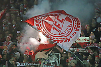 Fans des 1. FC Koeln mit Pyrotechnik - SV Darmstadt 98 vs. 1. FC Koeln, Stadion am Boellenfalltor
