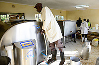 KENYA, County Bungoma, village Tongaren, NADAFA Naitiri Dairy Farmers Co-op Society Ltd., dairy / KENIA, NADAFA Molkerei