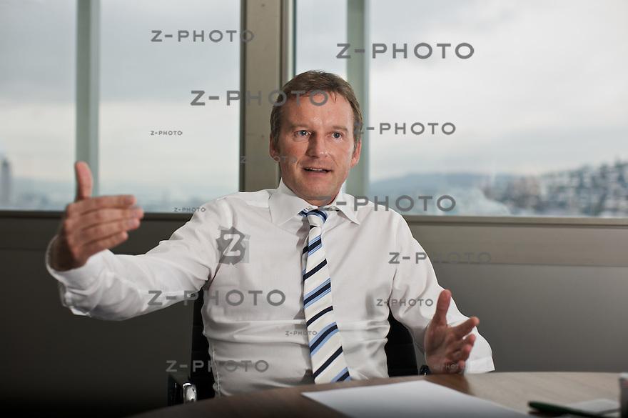 Interview mit Ernst-Dieter Berninghaus, Mitglied der Generaldirektion MGB, Leiter Departement Handel von Migros im Hauptsitz in Zuerich am Limmatplatz..Copyright © Zvonimir Pisonic