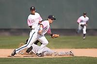 August 30, 2009: Everett AquaSox second baseman Ben Billingsley covers the bag on a stolen base attempt during a Northwest League game against Salem-Keizer Volcanoes at Everett Memorial Stadium in Everett, Washington.