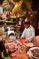 Europe/France/Rhône-Alpes/73/Savoie/Vallée de Belleville/Val-Thorens: Pierre Bosseboeuf : La Belle en Cuisse, charcuterie de Savoie [Non destiné à un usage publicitaire - Not intended for an advertising use]