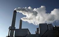 Nederland Amsterdam - 2020. Het Afval Energie Bedrijf ( AEB ). Het Afval Energie Bedrijf (AEB) is een afvalverwerkingsbedrijf in Amsterdam. Het bedrijf verwerkt afval uit Amsterdam en uit de regio, en heeft de beschikking over afvalverbrandingsinstallaties in het Westelijk Havengebied. Deze installaties gebruiken de bij de verbranding vrijkomende warmte voor het opwekken van energie. Foto ANP / HH / Berlinda van Dam