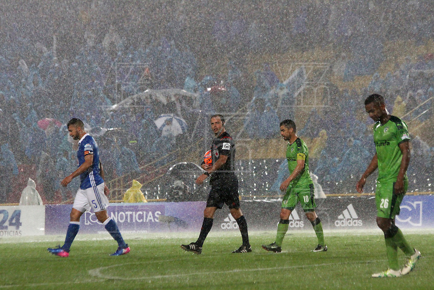BOGOTA -COLOMBIA, 28-02-2017. Suspended football match between the football teams Millonarios  and Equidad  by heavy rain on the stadium El Campin .Action game between Milonarios and Equidad during match  for the date 6 of the Aguila League I 2017 played at Nemesio Camacho El Campin stadium . Photo:VizzorImage / Felipe Caicedo  / Staff