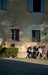 Tuscany: Details, Flowers, Food