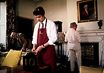 Country House Auction at Newnham Hall Northamptonshire 1994.   Chritsies Porter with effects, dealers and collectors look around.  1990s UK.