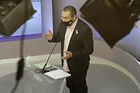 Campinas (SP), 01/10/2020 - Eleicoes/Debate - Nove candidatos a prefeito de Campinas (SP) se enfrentam nesta quinta-feira (01) no primeiro debate promovido pela Band. Alessandra Ribeiro (PCdoB), Andre Von Zuben (Cidadania), Artur Orsi (PSD), Dario Saadi (Republicanos), Delegada Teresinha (PTB), Dr. Helio (PDT), Rafa Zimbaldi (PL), Pedro Tourinho (PT) e Wilson Matos (Patriota) irao apresentar suas propostas e serao confrontados pelos seus adversarios. Esse grupo integra os partidos que tem cinco representantes no Congresso Nacional.<br />Na foto: Rafa Zimbaldi - PL (Foto: Denny Cesare/Codigo 19/Codigo 19)