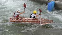 """Best of Pappbootrennen 2013 im Kanupark Markkleeberg anlässlich des Wasserfest 2013 - Team """"PAPER NATION"""" . Foto: Norman Rembarz"""