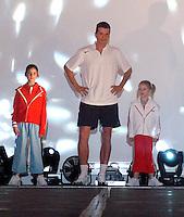 14-02-2005,Rotterdam, ABNAMROWTT , modeshow met Krajicek