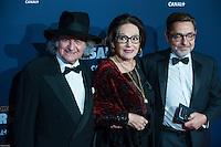 Nana Mouskouri ‡ la 42e CÈrÈmonie des CÈsars ‡ l'arrivÈe sur le tapis rouge de la salle Pleyel ‡ Paris le 24 fÈvrier 2017