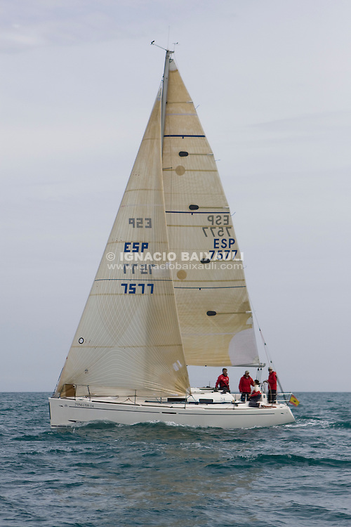 ESP7577 MASCARAT IV. JOSE LUIS FRANCES BOU. R.C.N. Castellón. DUFOUR 34. .62 Regata Castellón de Cruceros, Real Club Náutico de Castellón