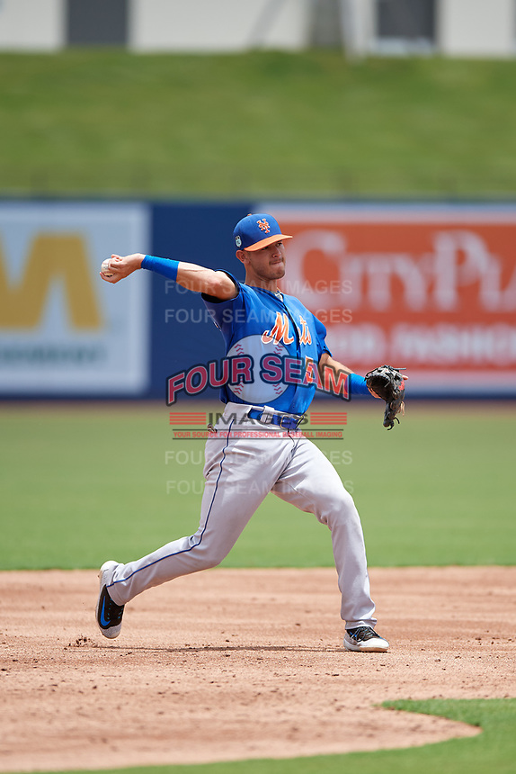 GCL Mets third baseman Kenny Hernandez (5) throws to first base during the second game of a doubleheader against the GCL Nationals on July 22, 2017 at The Ballpark of the Palm Beaches in Palm Beach, Florida.  GCL Mets defeated the GCL Nationals 4-1.  (Mike Janes/Four Seam Images)