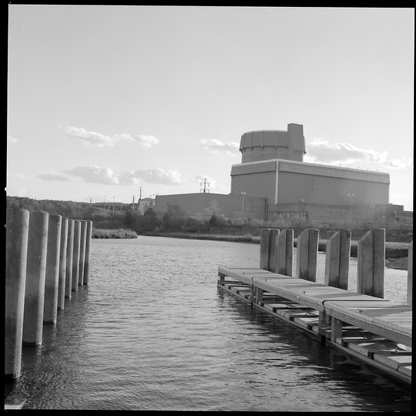 May 19, 2006. Wading River, New York..The Shoreham Nuclear Power Plant is a completed $6 billion General Electric nuclear boiling water reactor located adjacent to the Wading River in East Shoreham, New York that was closed by protests in 1989 without generating any commercial electrical power.