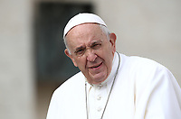 Papa Francesco arriva all'udienza generale del mercoledi' in Piazza San Pietro, Citta' del Vaticano. 25 settembre 2019.<br /> Pope Francis arrives to lead his weekly general audience in St. Peter's Square at the Vatican, on September 25, 2019.<br /> UPDATE IMAGES PRESS/Isabella Bonotto<br /> <br /> STRICTLY ONLY FOR EDITORIAL USE