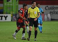MONTERIA - COLOMBIA, 10-03-2020: Andres Rojas, árbitro, durante el partido por la fecha 8 de la Liga BetPlay DIMAYOR I 2020 entre Jaguares de Córdoba F.C. y Cúcuta Deportivo jugado en el estadio Jaraguay de la ciudad de Montería. / Andres Rojas, referee, during match for the date 8 as part BetPlay DIMAYOR League I 2020between Jaguares de Cordoba F.C. and Cucuta Deportivo played at Jaraguay stadium in Monteria city. Photo: VizzorImage / Andres Felipe Lopez / Cont