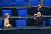 19. Sitzung des Deutschen Bundestag am Mittwoch den 14. Maerz 2018.<br /> Nachdem Angela Merkel zum vierten Mal in Folge zur Bundeskanzlerin gewaehlt wurde, kamen nach ihrer Ernennung durch den Bundespraesidenten die neuen Ministerinnen und Minster in den Bundestag.<br /> Im Bild vlnr.: Ursula von der Leyen, Bundesministerin der Verteidigung und Peter Altmaier, Bundesminister fuer Wirtschaft und Energie.<br /> In der zweiten Reihe: Jens Spahn, Bundesminister fuer Gesundheit.<br /> 14.3.2018, Berlin<br /> Copyright: Christian-Ditsch.de<br /> [Inhaltsveraendernde Manipulation des Fotos nur nach ausdruecklicher Genehmigung des Fotografen. Vereinbarungen ueber Abtretung von Persoenlichkeitsrechten/Model Release der abgebildeten Person/Personen liegen nicht vor. NO MODEL RELEASE! Nur fuer Redaktionelle Zwecke. Don't publish without copyright Christian-Ditsch.de, Veroeffentlichung nur mit Fotografennennung, sowie gegen Honorar, MwSt. und Beleg. Konto: I N G - D i B a, IBAN DE58500105175400192269, BIC INGDDEFFXXX, Kontakt: post@christian-ditsch.de<br /> Bei der Bearbeitung der Dateiinformationen darf die Urheberkennzeichnung in den EXIF- und  IPTC-Daten nicht entfernt werden, diese sind in digitalen Medien nach §95c UrhG rechtlich geschuetzt. Der Urhebervermerk wird gemaess §13 UrhG verlangt.]