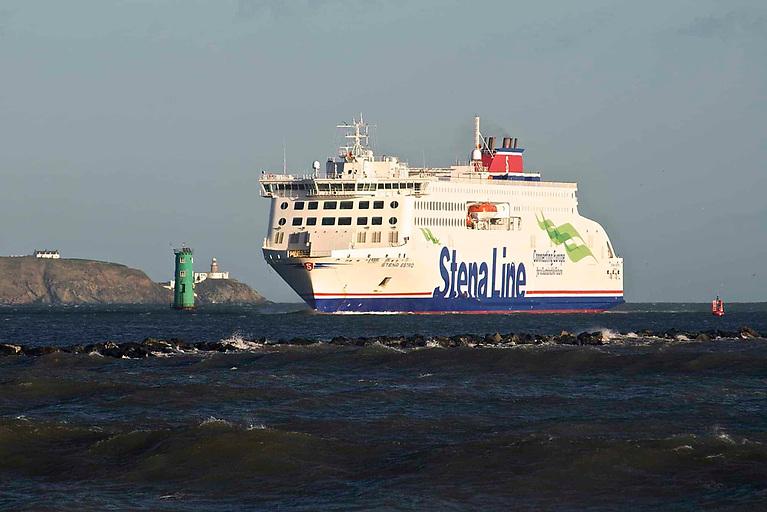 Stena Estrid enters Dublin Port on her maiden voyage in January 2020