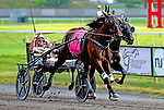 August 8, 2020: Sorella #7, with Yannick Gingras in the sulkie, won the 95th Hambletonian Oaks as the betting favorite for the connections of Tatker and Crawford farms at the Meadowlands in East Rutherford, New Jersey. Dan Heary/Eclipse Sportswire/CSM