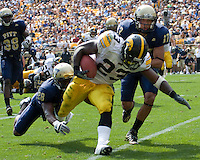 September 20, 2008: Iowa running back Shonn Greene (23). The Pitt Panthers defeated the Iowa Hawkeyes 21-20 on September 20, 2008 at Heinz Field, Pittsburgh, Pennsylvania.