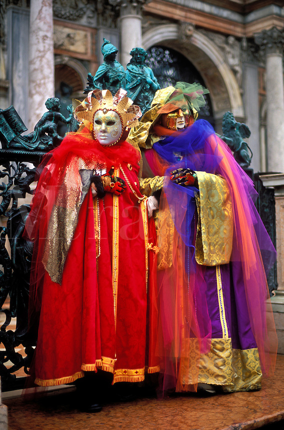 Italy, Venice, Piazza San marco, Carnevale (Carnival) revellers dressed in costume