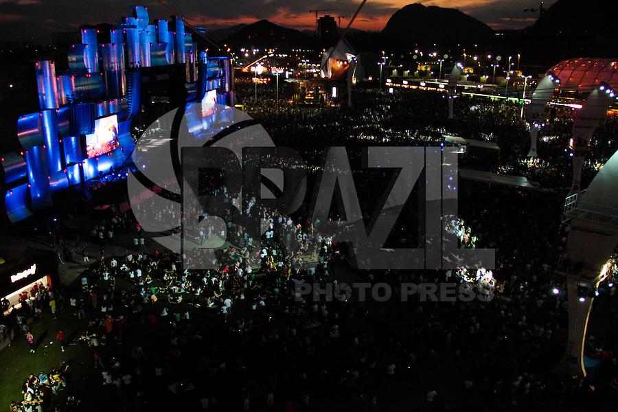 RIO DE JANEIRO, RJ, 15.09.2013 - A Cidade do Rock vista no fim da tarde deste domingo no terceiro dia do Rock in Rio 2013. (Foto. Néstor J. Beremblum / Brazil Photo Press).