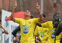 ITAGÜÍ - COLOMBIA, 07-03-2020: Eder Munive de Leones celebra después de anotar el primer gol de su equipo durante partido entre Leones F.C. y Atlético F.C. por la fecha 6 del Torneo BetPlay DIMAYOR I 2020 jugado en el estadio Polideportivo Sur de Envigado. / Eder Munive of Leones F.C. celebrates after scoring the first goal of his team during match between Leones F.C. and Atletico F.C. for the date 6 of the BetPlay DIMAYOR Tournament I 2020 played at Polideportivo Sur stadiim in Envigado city.  Photo: VizzorImage / Leon Monsalve / Cont