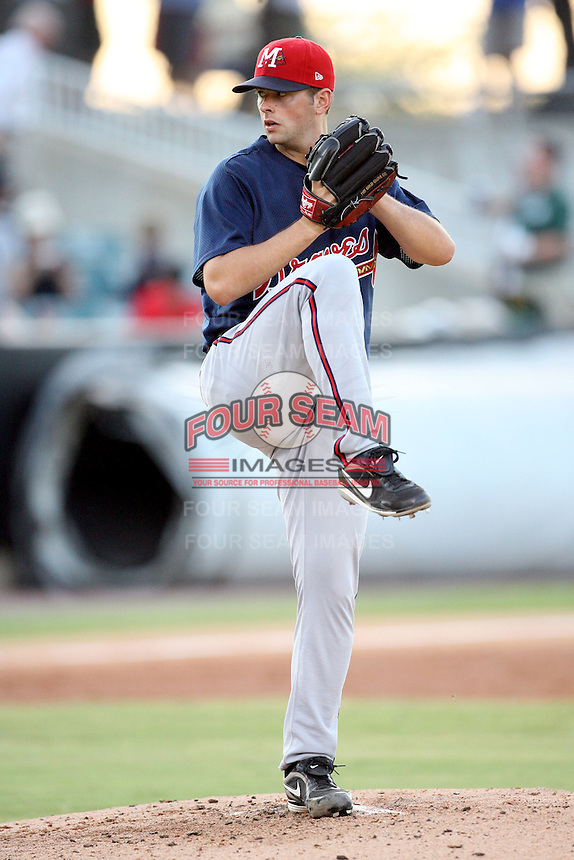 July 2, 2009: Mississippi Braves pitcher Scott Diamond (17) at Pringles Park in Jackson, TN. The Braves are the Southern League AA affiliate of the Atlanta Braves. Photo by: Chris Proctor/Four Seam Images