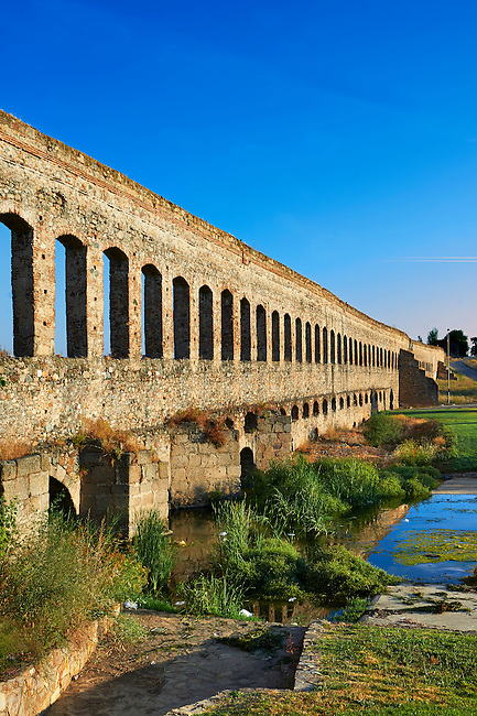 Los Milagros Aquaduct of the Roman colony of Emerita Augusta (Mérida) dedicated by the consul Marcus Vipsanius Agrippa and built in 15BC, renovated late 1st Century AD, Merida, Estremadura, Spain