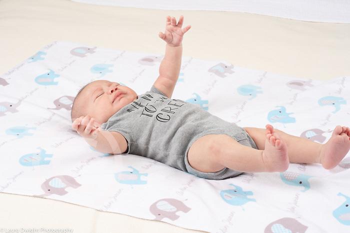 Newborn baby boy 7 weeks old reflex startle