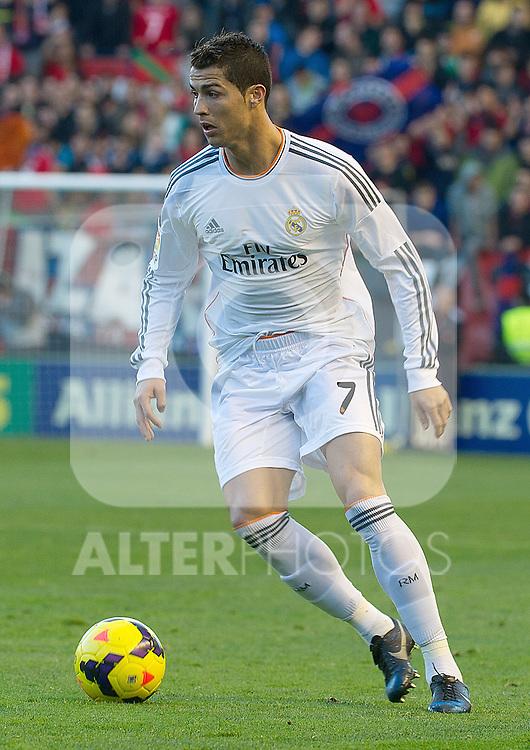 Real Madrid's Cristiano Ronaldo during La Liga match.December 14,2013. (ALTERPHOTOS/Mikel)
