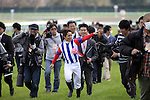 18 April 2010: Victoire Pisa wins the 70th running of the GI 2000m Satsuki Sho (Japanese 2000 Guineas) at Nakayama Racecourse in Chiba, Japan.