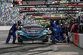 #57 Heinricher Racing w/MSR Curb-Agajanian Acura NSX GT3, GTD: Alvaro Parente, Misha Goikhberg, Trent Hindman, AJ Allmendinger, pit stop