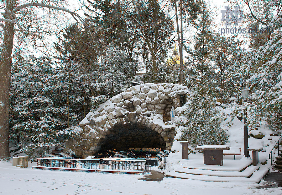Feb. 22, 2013; Grotto after a snowfall..Photo by Matt Cashore/University of Notre Dame