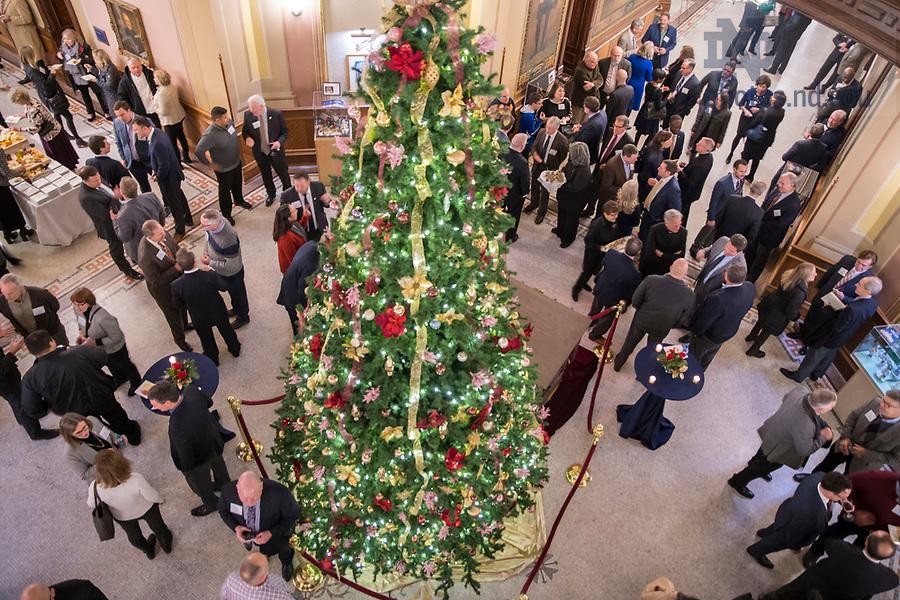 December 5, 2018; President's Holiday Prayer Service and Reception. (Photo by Barbara Johnston/University of Notre Dame)