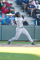 Renaldo Jenkins #3 of the Tri-City Dust Devils at bat during a game against the Everett AquaSox at Everett Memorial Stadium in Everett, Washington on July 28, 2014. Tri-City defeated Everett 6-5 in 11 innings.  (Ronnie Allen/Four Seam Images)