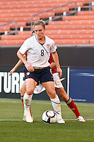 22 MAY 2010:  USA's Amy Rodriguez  #8 during the International Friendly soccer match between Germany WNT vs USA WNT at Cleveland Browns Stadium in Cleveland, Ohio on May 22, 2010.