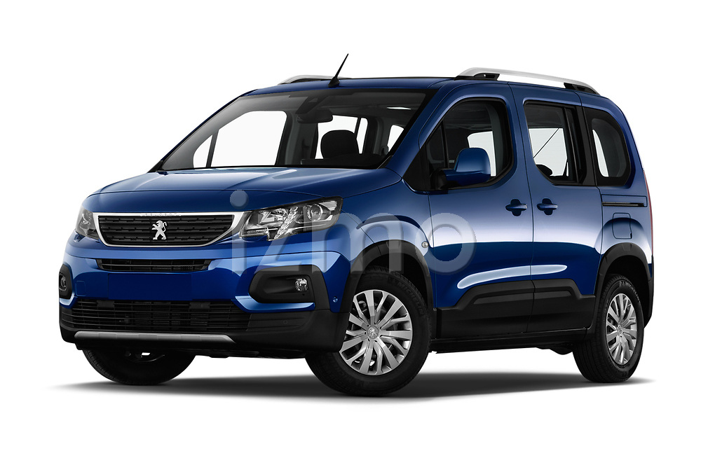 Stock pictures of low aggressive front three quarter view of 2019 Peugeot Rifter Allure Door Mini Mpv Low Aggressive
