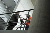 Sitzung des NSA-Untersuchungsausschuss am Donnerstag den 18. Juni 2015.<br /> Im Bild vlnr.: Axel Hahn, Obmann der Linkspartei im Untersuchungsausschuss im Interview.<br /> 18.6.2015, Berlin<br /> Copyright: Christian-Ditsch.de<br /> [Inhaltsveraendernde Manipulation des Fotos nur nach ausdruecklicher Genehmigung des Fotografen. Vereinbarungen ueber Abtretung von Persoenlichkeitsrechten/Model Release der abgebildeten Person/Personen liegen nicht vor. NO MODEL RELEASE! Nur fuer Redaktionelle Zwecke. Don't publish without copyright Christian-Ditsch.de, Veroeffentlichung nur mit Fotografennennung, sowie gegen Honorar, MwSt. und Beleg. Konto: I N G - D i B a, IBAN DE58500105175400192269, BIC INGDDEFFXXX, Kontakt: post@christian-ditsch.de<br /> Bei der Bearbeitung der Dateiinformationen darf die Urheberkennzeichnung in den EXIF- und  IPTC-Daten nicht entfernt werden, diese sind in digitalen Medien nach §95c UrhG rechtlich geschuetzt. Der Urhebervermerk wird gemaess §13 UrhG verlangt.]