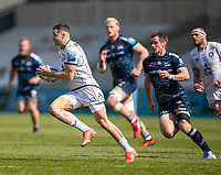 17th April 2021; AJ Bell Stadium, Salford, Lancashire, England; English Premiership Rugby, Sale Sharks versus Gloucester; Jonny May of Gloucester and England is pursued by  AJ MacGinty of Sale Sharks