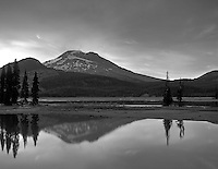 Sparks Lake and South Sister Mountain at sunset. Oregon