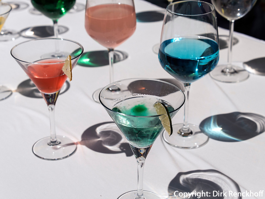 Farbige Cocktails in Seoul, Südkorea, Asien<br /> Colorful Cocktails, Seoul, South Korea, Asia
