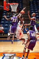 060303-Northwestern St. @ UTSA Basketball (M)