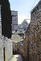 Italy: Assisi--Duomo from steps to fortress. Photo '85.