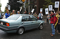 Manif pro pietons et anti voitures, septembre 2001<br /> <br /> <br /> <br /> PHOTO : Agence Quebec presse