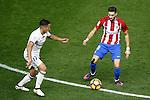 Atletico de Madrid's Yannick Ferreira Carrasco (r) and Real Madrid's Lucas Vazquez during La Liga match. November 19,2016. (ALTERPHOTOS/Acero)