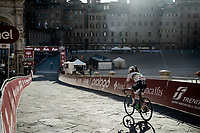 finishing at the Piazza Del Campo<br /> <br /> 15th Strade Bianche 2021<br /> ME (1.UWT)<br /> 1 day race from Siena to Siena (ITA/184km)<br /> <br /> ©kramon