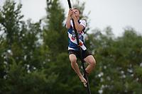 FIERLJEPPEN: WINSUM: 08-08-2020, 1e Klasse Fierljeppen, ©foto Martin de Jong