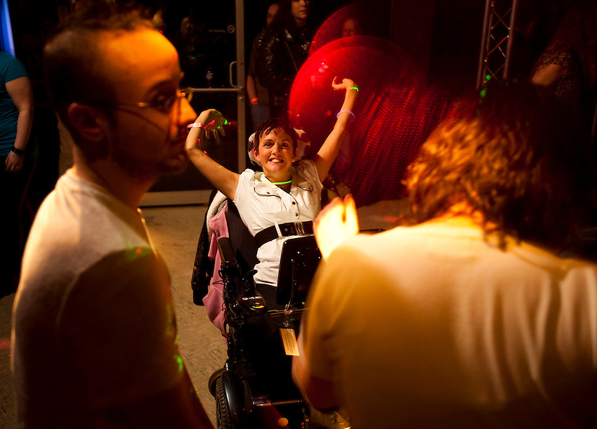 Healthcare advocate Kara Vander Veer dances at Trexx, an alternative lifestyle dance club in downtown Syracuse where she feels comfortable being herself.  Photo by James R. Evans ©